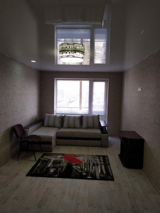 Продам 3 комн квартиру на Калиновой