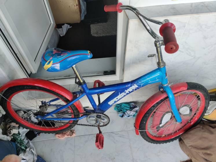 Продам детский велосипед СПАЙДЕРМЭН