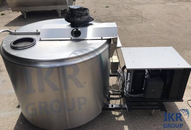 Охолоджувач молока DeLaval 800 литров открытого типа