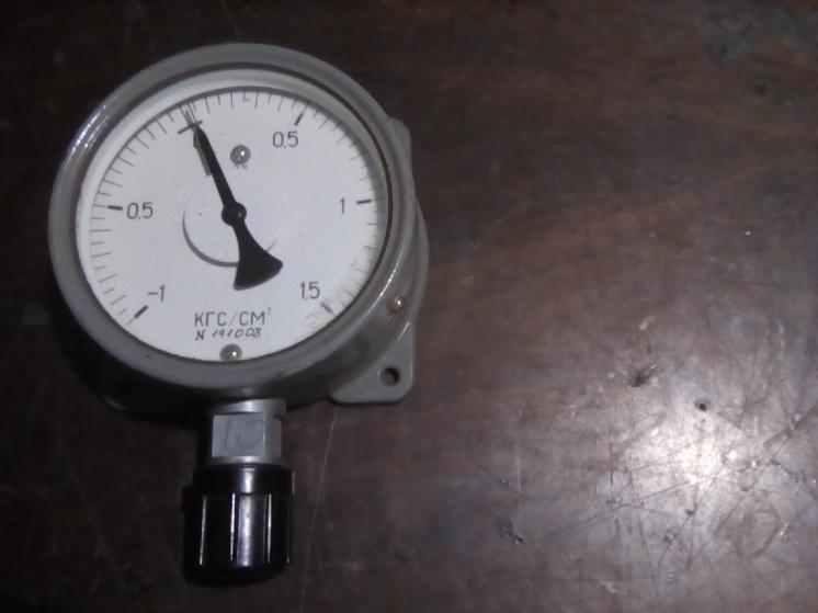 мановакуметр. -1-0-1,5 кг/см