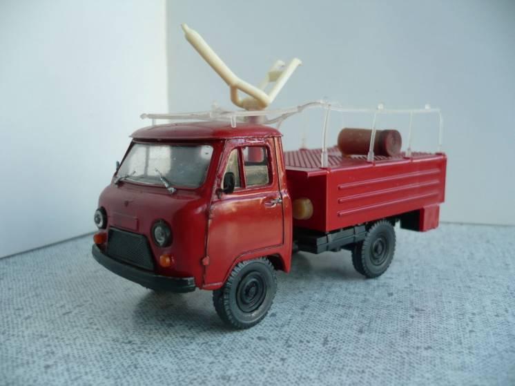 УАЗ-452Д пожарный 1:43 Русская миниатюра