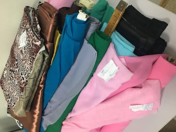 Продам залишки тканин