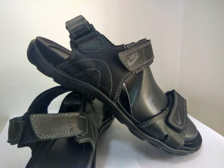 Чоловічі босоніжки сандалі Nike  44 розмір 00270