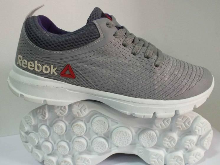 Жіночі кросівки Reebok  38 39 розмір 00253