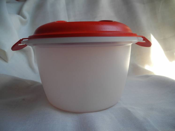 Рисоварка «Tupperware» Восточная сказка 2,2 л Франция Новая