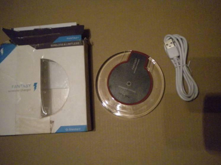 Безпровідна зарядка зарядний пристрій беспроводное зарядное устройство