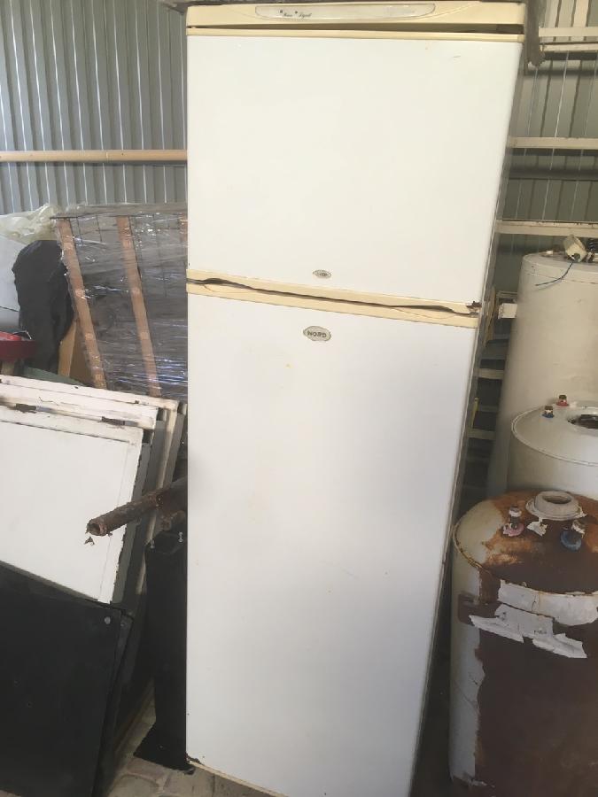 холодильники б/у,под ремонт