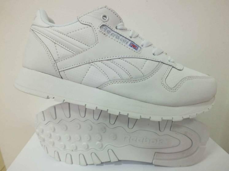 Жіночі кросівки Reebok classic  37 38 39 40 розмір 99931