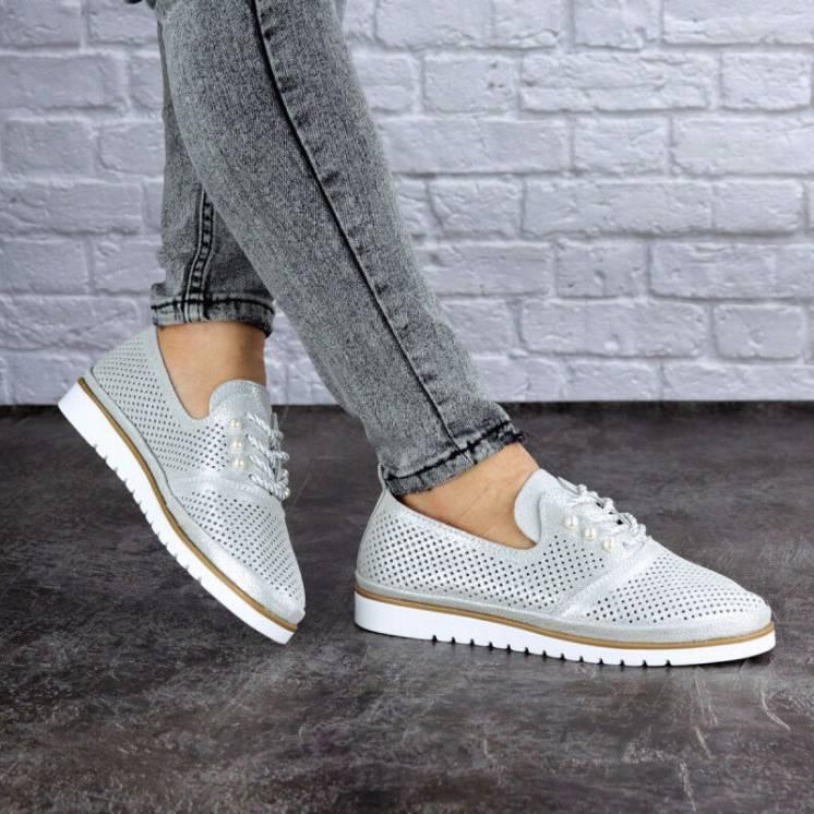 Туфли женские кожаные серебристые
