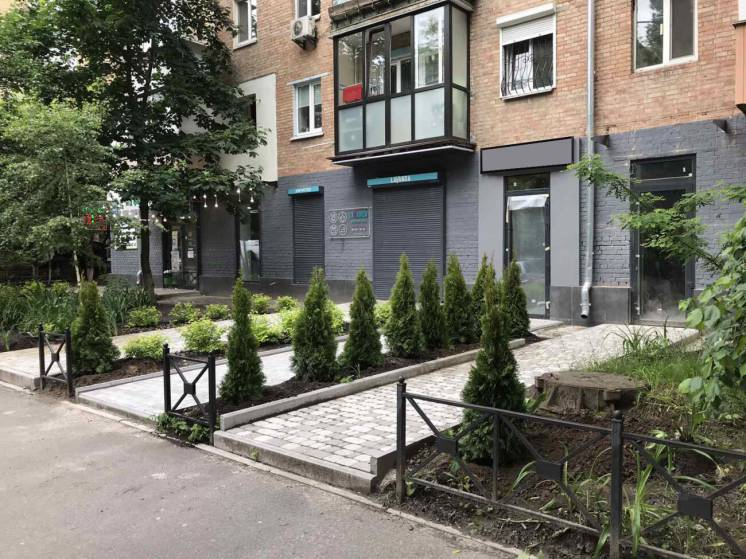 Продажа с арендаторами (аптека) 57м², ул.Драгомирова, Печерск