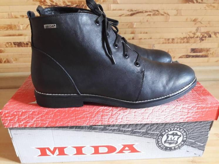 Ботинки кожаные MIDA