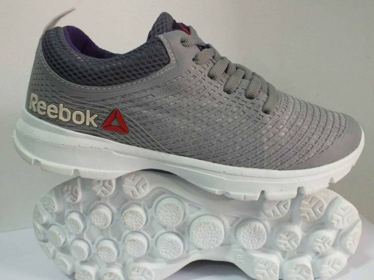 Чоловічі кросівки Reebok  38 39 розмір 00253