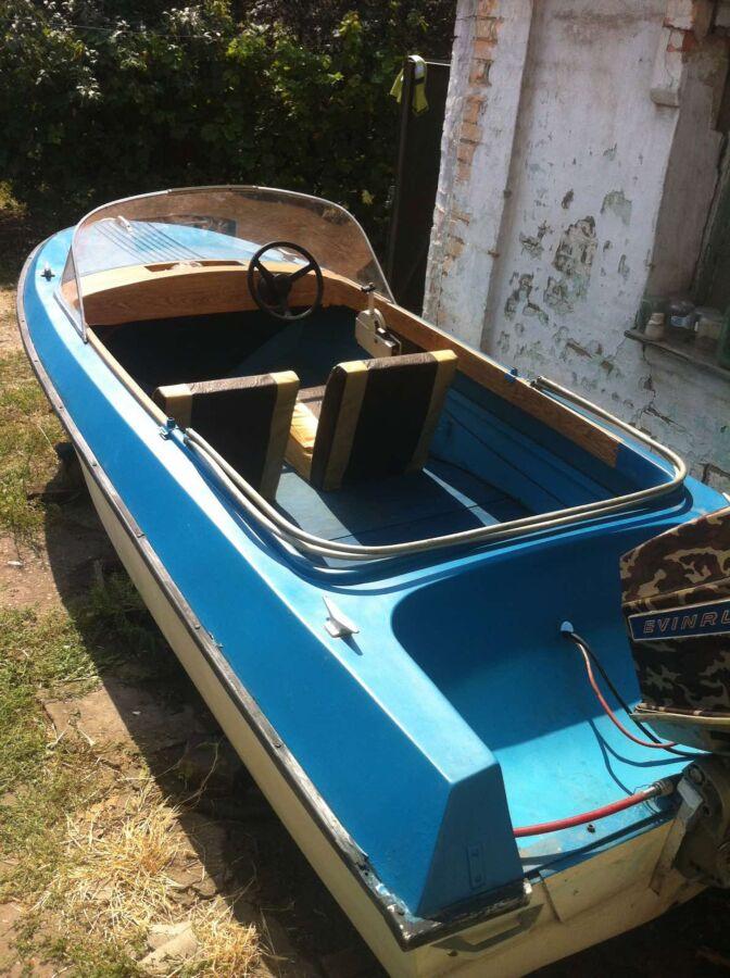 Лодка Ладога - 1