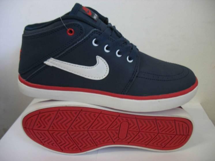 Чоловічі кросівки Nike SUKETO 38 39 розмір 99966