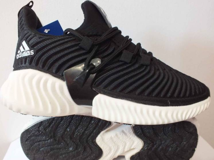 Чоловічі кросівки Adidas  38 39 40 41 розмір 00281