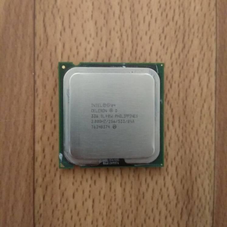 Процессор Intel Pentium 2.3