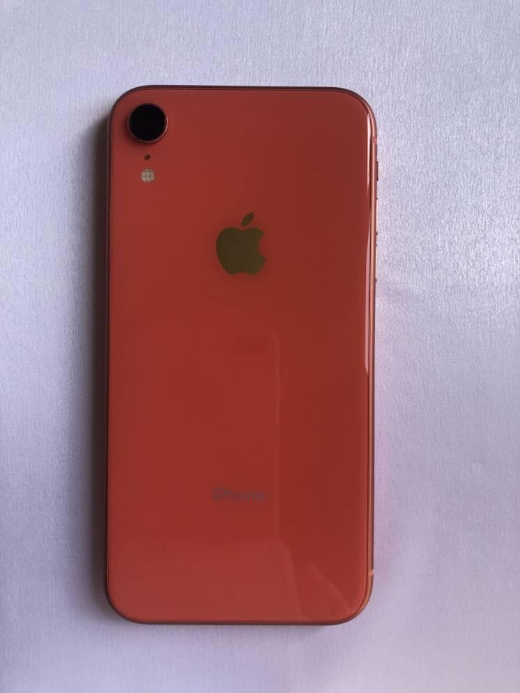 Продам СВОЙ  Iphone XR 64 Coral