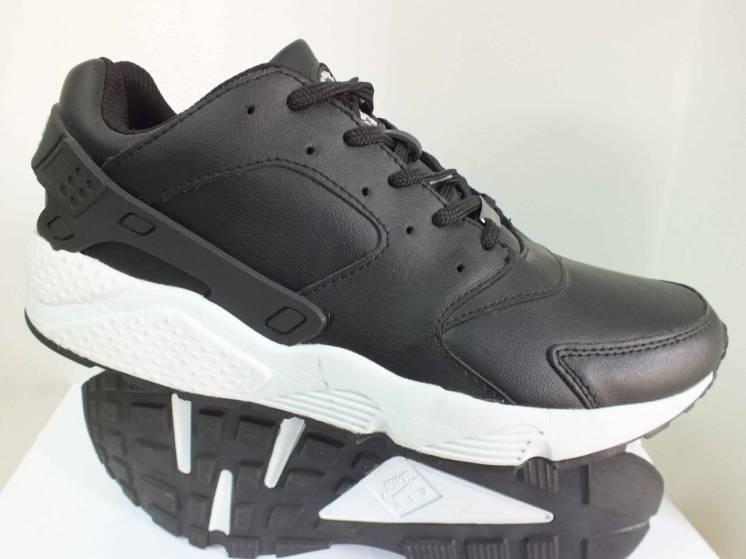 Чоловічі кросівки Nike Air Huarache    44 46  розмір 00069