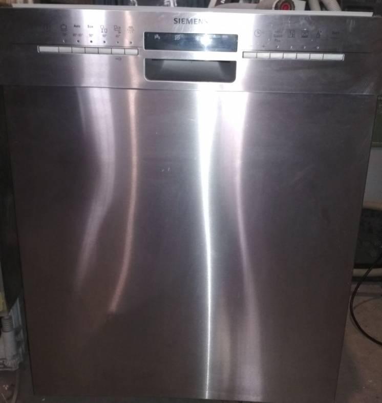 Посудомоечная машина Siemens sl6p1s из Германии.