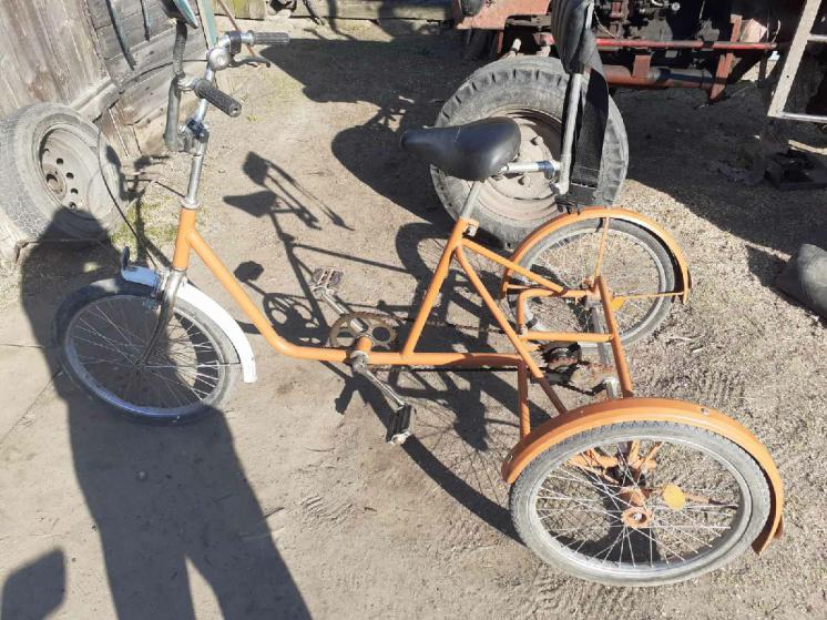 Триколісний велостпед