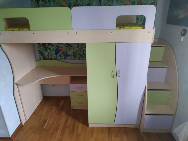 Детский мебельный гарнитур, кровать-чердак