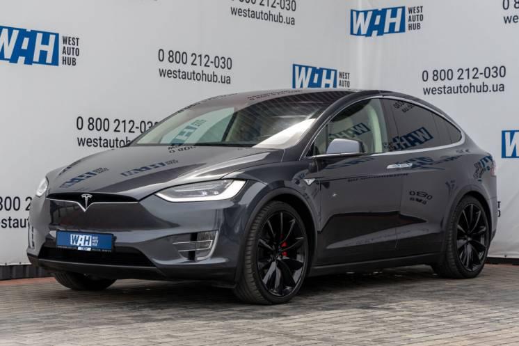 Tesla Model X Performance 90D