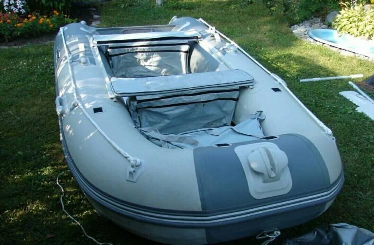 Надувная лодка Gladiator-3300al