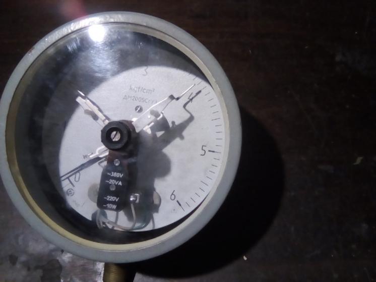 Электроконтактный манометр. ЭКМ-1. 0-6кг/см