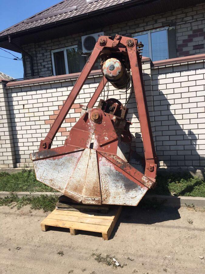 Грейфер моторный 1,5-2 м куб. Тельфер 2т
