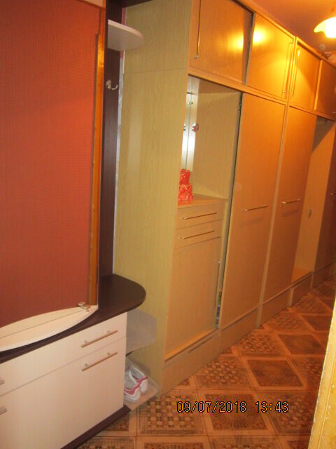 Сдам отдельную комнату девушке район 12го квартала под ключ