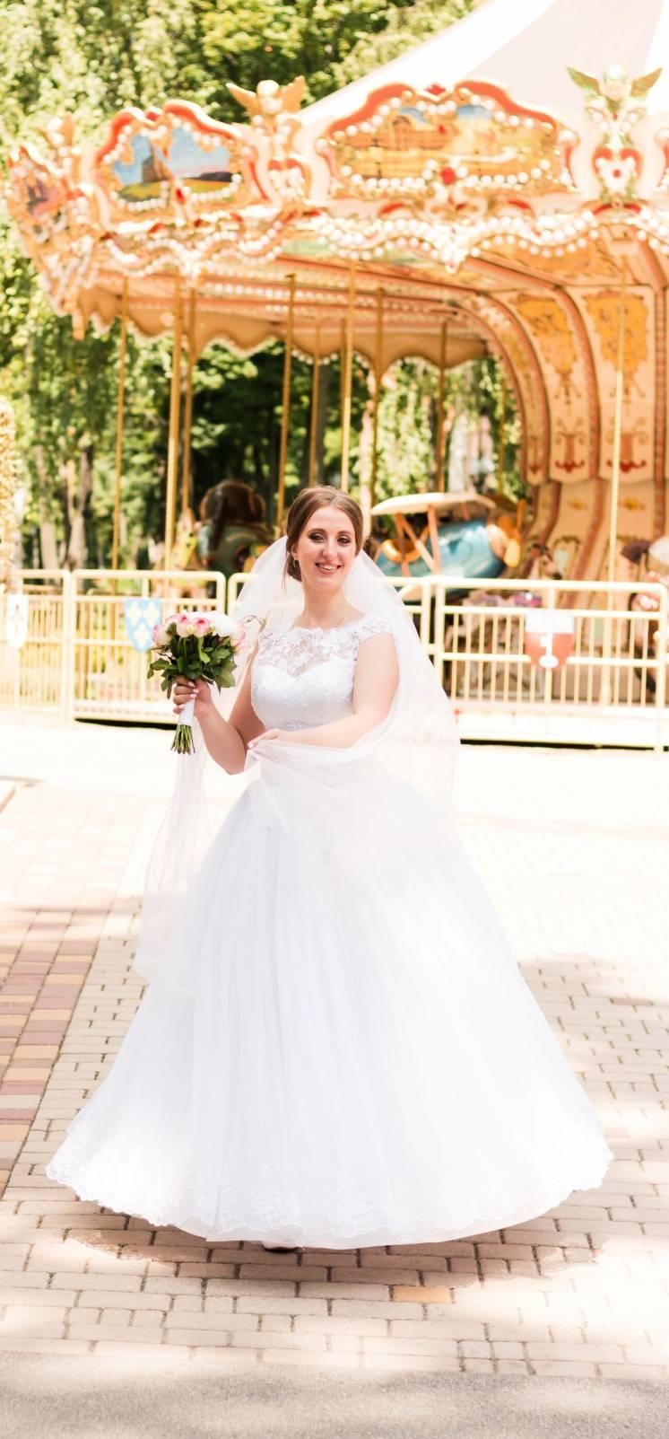 Свадебное платье счастливое)))Только продажа