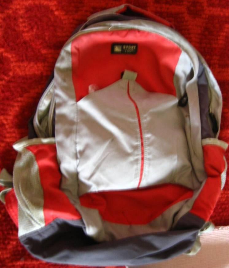 рюкзак спортивный серый с красным городской. торг.