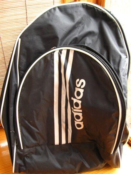 рюкзак спортивный чёрный. торг.