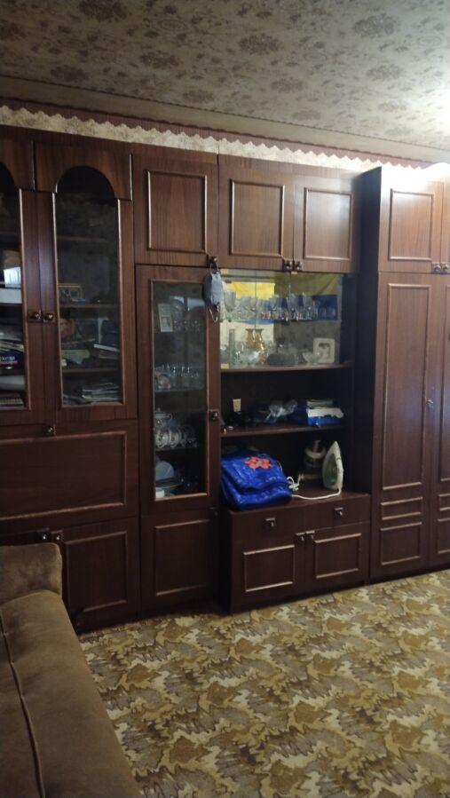 продам 2-х комнатную квартиру на коммунаре