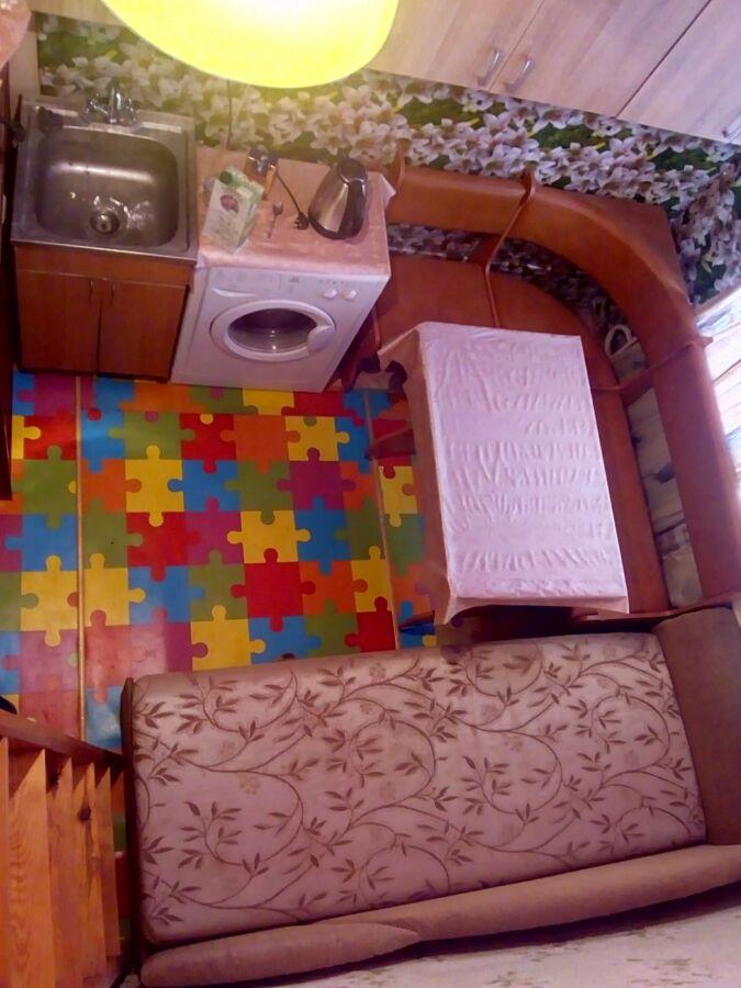 Сдам 1-комн. 2-уровневую квартиру-студию, метро Площадь Конституции