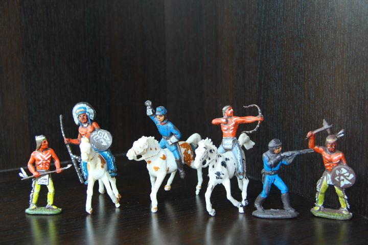 индейцы и кавалеристы (Cromoplasto, ITALY) 65-70мм