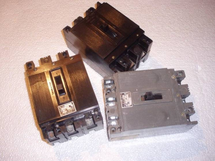 Автоматический выключатель А 3163