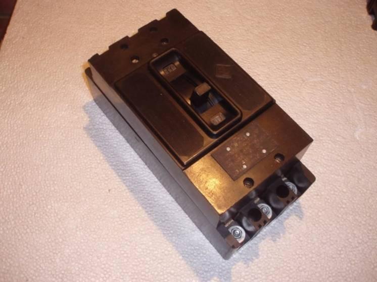 Автоматический выключатель  А 3110