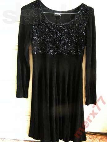 Нарядное черное платье Javelin