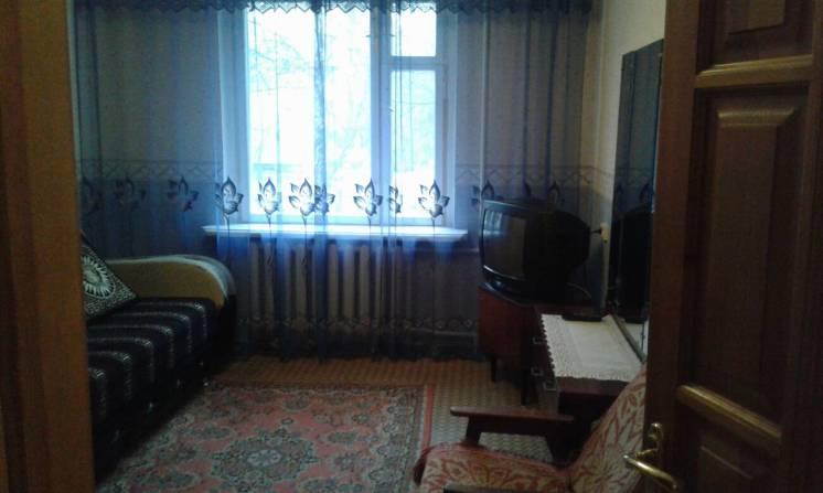 # Сдается комната в квартире для парня на Бочарова