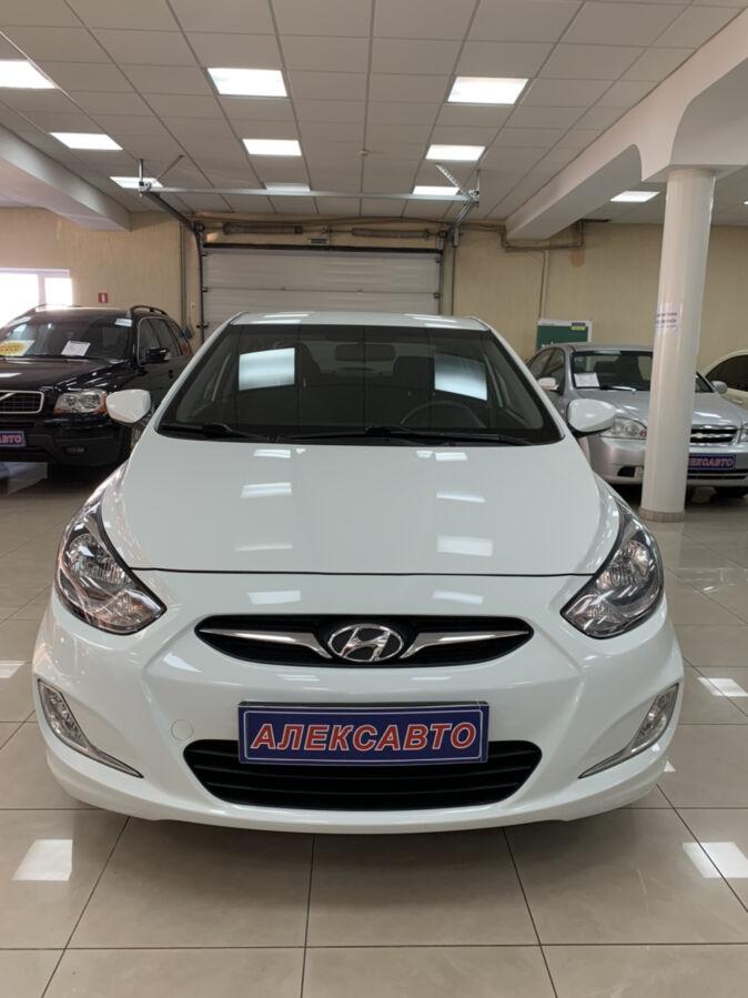 Hyundai Accent 1.6i 6АКПП 2012 г.в. (125 л.с.)
