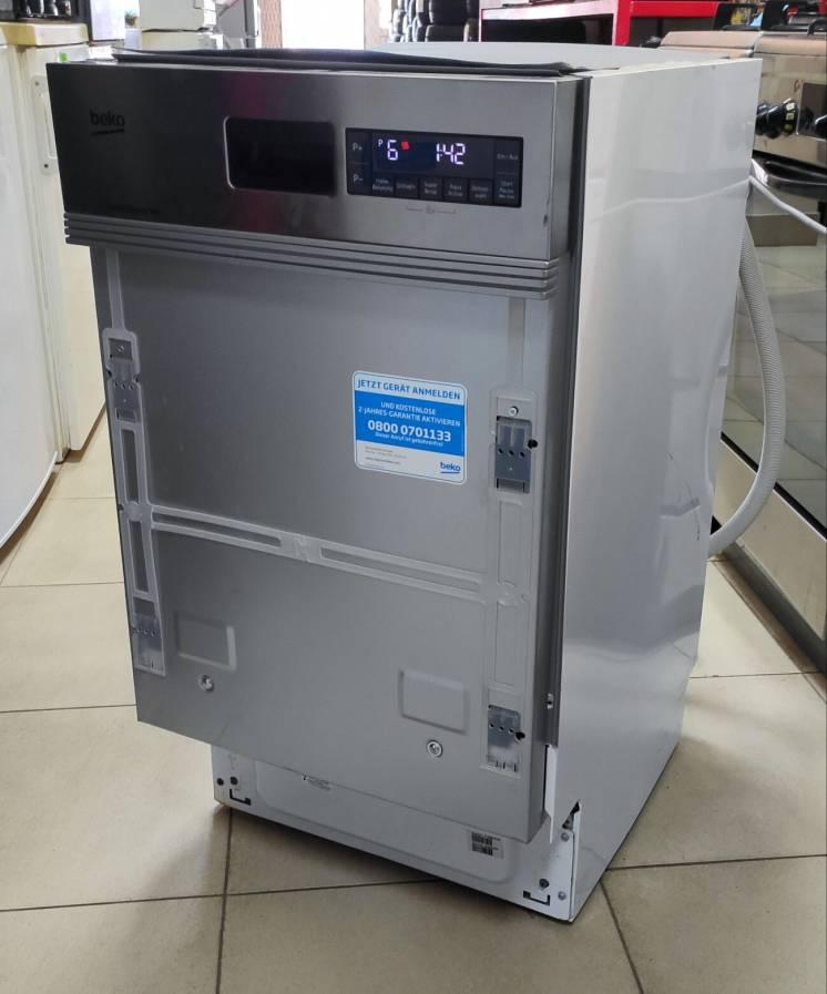 Посудомоечная машина BEKO DSS28020X 45 cm состояние новой