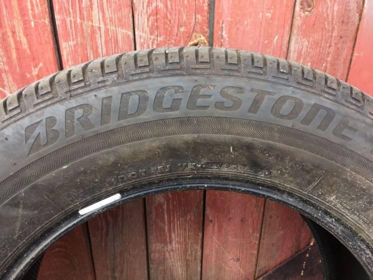 Продам шины Bridgestone Ecopia H/L 422 plus 235/65R18 106V