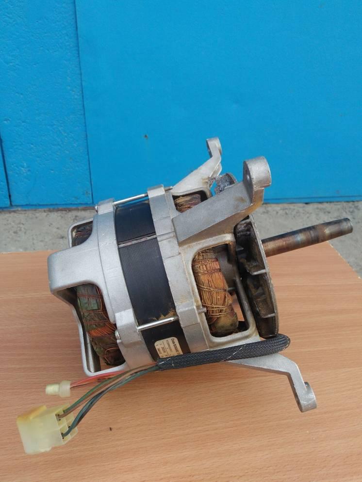 Двигатель/мотор обдува ротационной печи BONGARD (в ремонт)