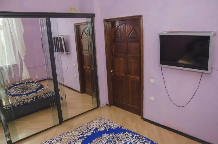 Сдам квартиру 0713087537 посуточно