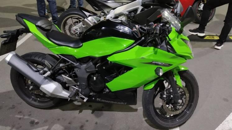 Продам Kawasaki