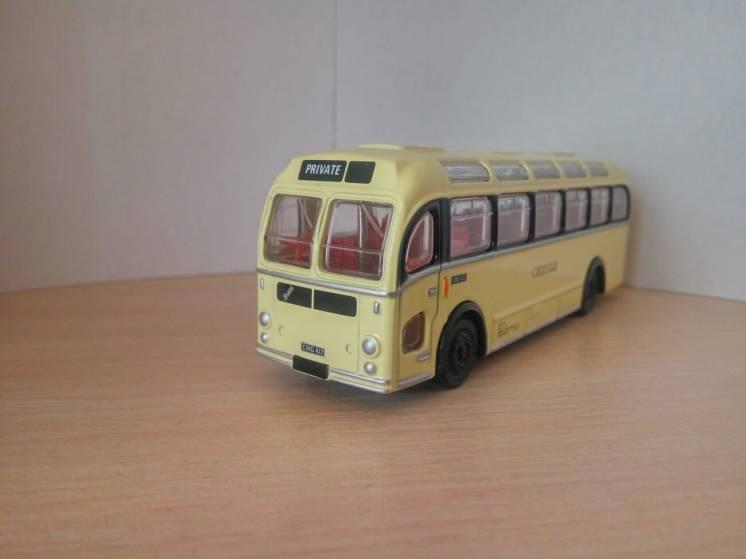 Модель, британский автобус Bristol MW Coach, масштаб 1:76, EFE