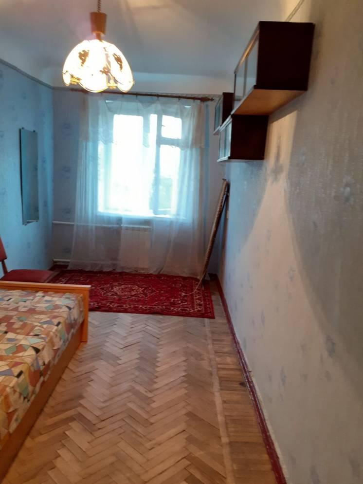 Сдам 2 комнатную квартиру. Центр. Метро Площадь Конституции