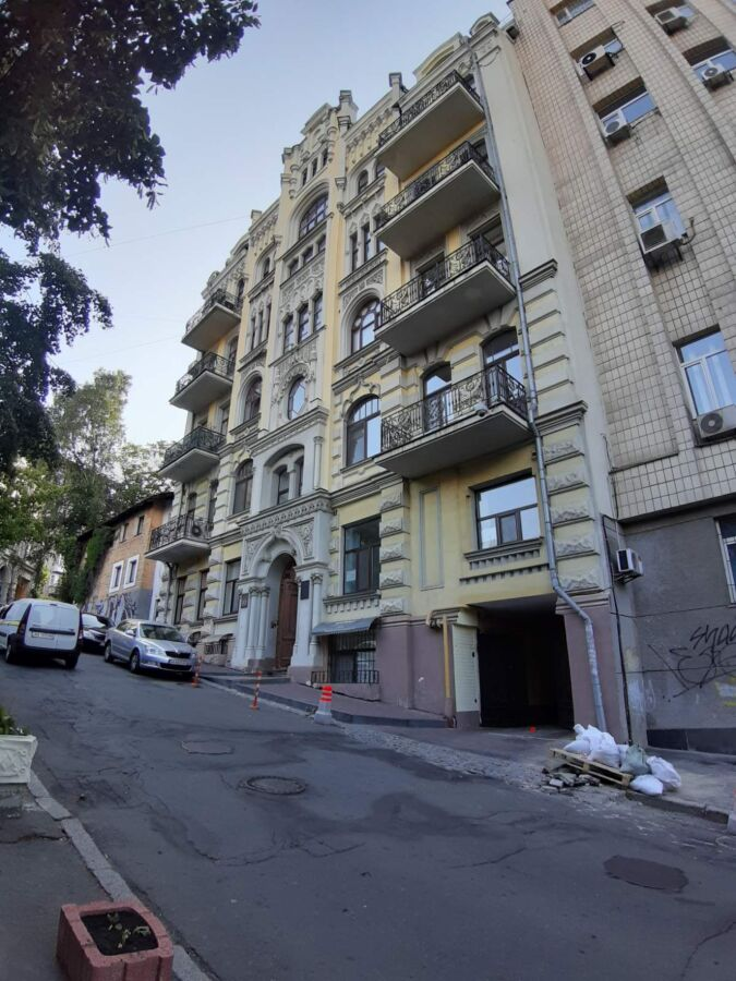 Сдам без комисси в аренду массажный кабинет возле Майдана Независимост