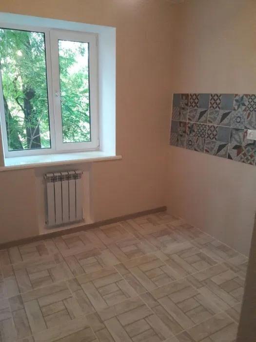 Продам 2 комнатную квартиру на Островского! Пл. Старомостова